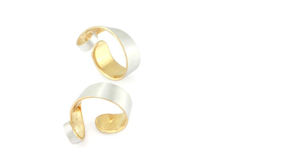 Tsutsumu[包]Silver ring with sparkling txture Shinko Studio