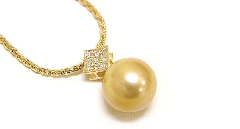 K18 Golden pearl pendant custom made