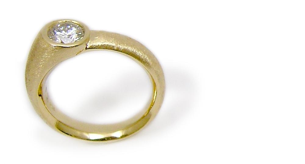K18 diamond Ring custom made