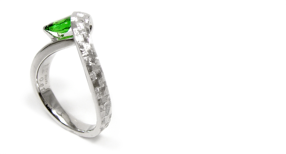 Pt900 Tavorite (Green Garnet)Ring custom made shinkostudio