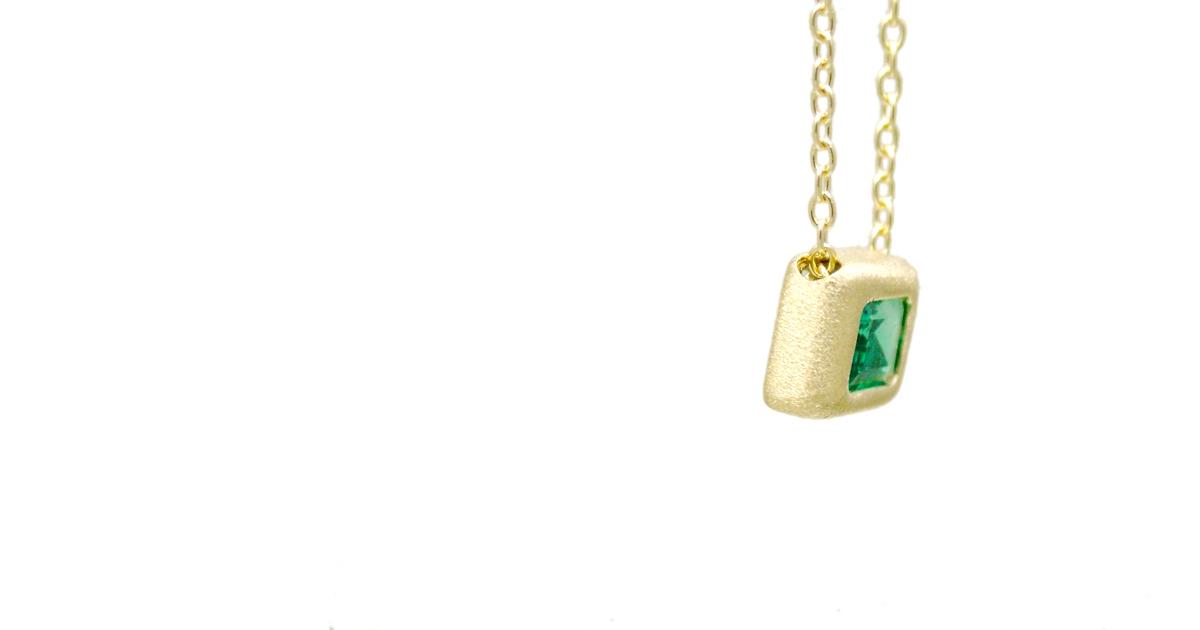 K18YG Emerald Pendant Custom Made jewelry SHINKO STUDIO