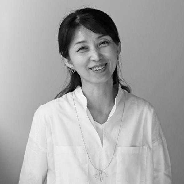 米井 亜紀子Akiko Yonei シンコーストゥディオ shinkostudio