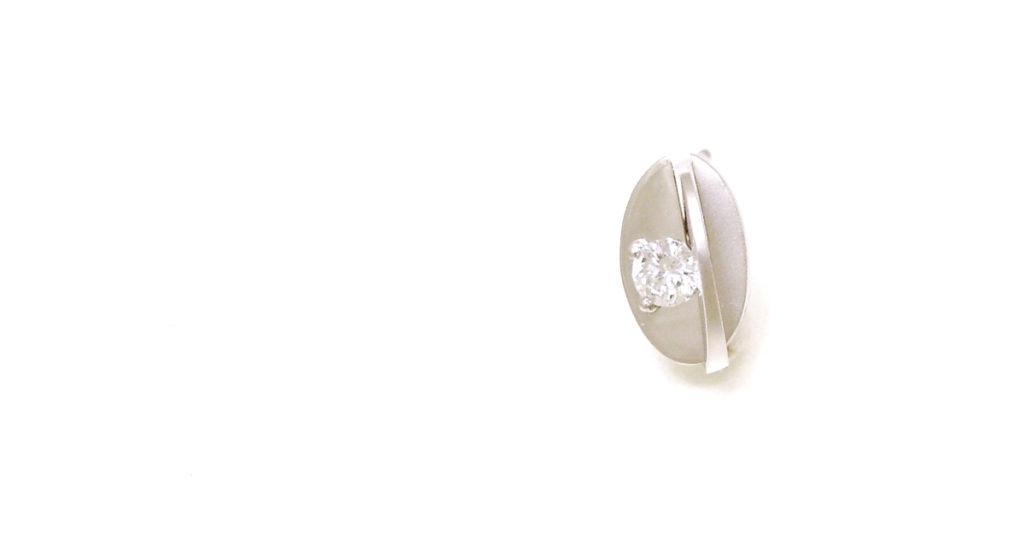 Pt900 ダイヤモンド ピアス ジュエリーリフォーム シンコーストゥディオ
